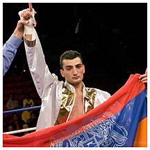 Мартиросян выйдет на ринг в апреле