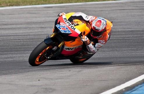 Moto GP. Стоунер показывает лучшее время