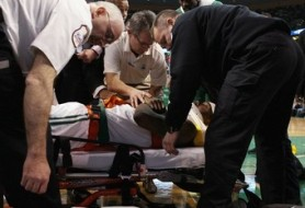 Бостон: Дэниэлсу понадобится операция