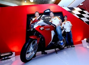 Moto GP. Стоунер и компания посетили Индонезию