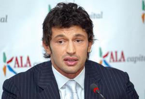 Бывший игрок Милана и Динамо остается в Дженоа