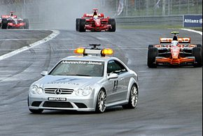 ФИА внесла изменения в регламент Формулы-1