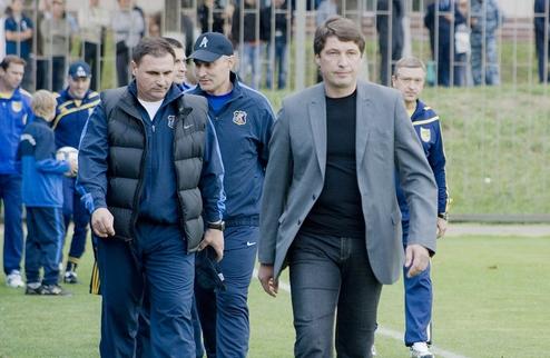 """Бакалов: """"На каждую позицию у нас есть по два игрока"""""""