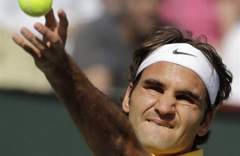 Федерер спокойно выигрывает национальное противостояние