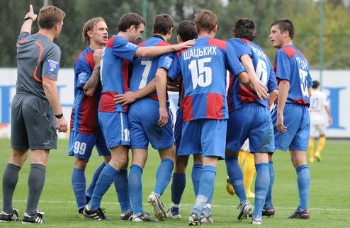 Арсенал уверенно побеждает Ильичевец