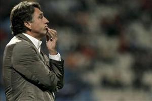 Эркулес уволил тренера