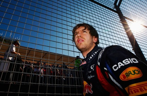 Гран-при Австралии. Феттель выиграл первую гонку сезона, Петров на подиуме