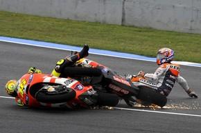 """MotoGP. Стоунер: """"После аварии никто не помог мне"""""""