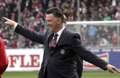 Kicker: Бавария рассталась с ван Гаалом
