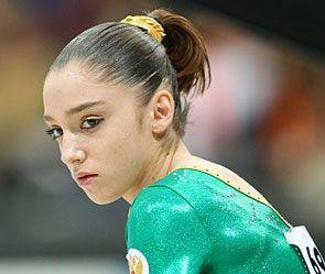 Чемпионке мира по спортивной гимнастике сделали операцию