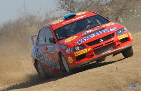 Mentos Ascania Racing — первый финиш на родине