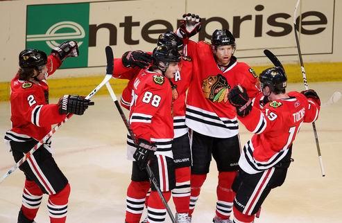НХЛ. Чикаго разрывает Ванкувер