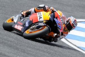 """MotoGP. Стоунер: """"В конце гонки начала болеть спина"""""""