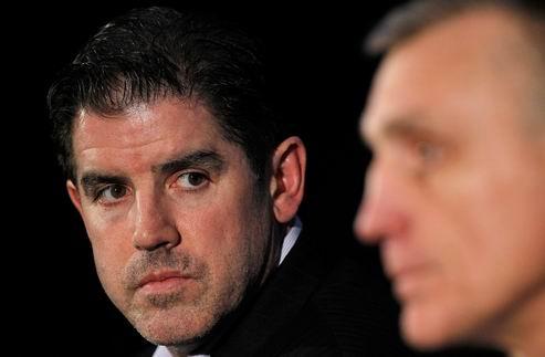 НХЛ. Генменеджер Филадельфии не винит вратарей