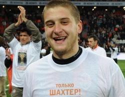 """Ракицкий: """"Надеюсь, теперь болельщики простят нам 0:3 в Киеве"""""""
