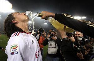 Ибрахимович хочет задержаться в Милане