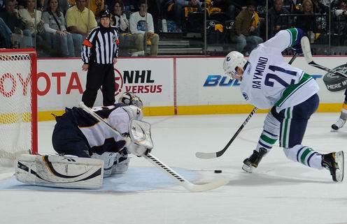 НХЛ. Ванкувер пробился в финал конференции