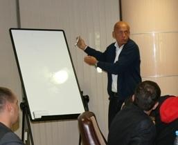 Коллина проведет семинар по правилам футбола для комментаторов