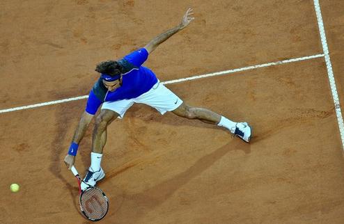 Федерер легко обыгрывает Тсонга