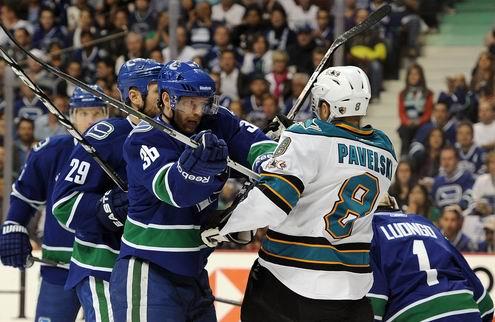НХЛ. Ванкувер разорвал Сан-Хосе