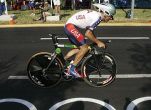 UCI опровергает слова Хэмилтона