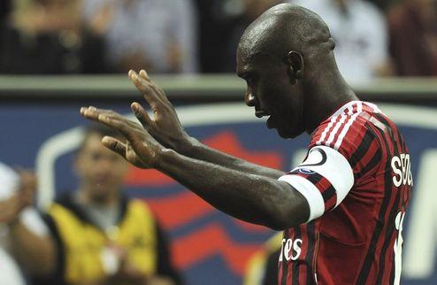 Официально: Зеедорф остается в Милане до лета 2012 года