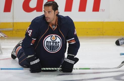 НХЛ. Эдмонтон планирует выкупить контракт Сюрея