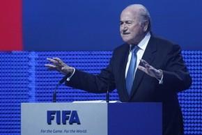 Блаттер: в ФИФА до 2013?