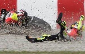 """MotoGP. Росси: """"Нужно еще улучшать байк"""""""