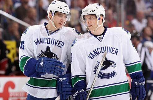 НХЛ. Ванкувер: замена защитника
