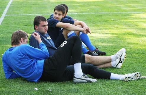 Футболисты Днепра вышли из отпуска