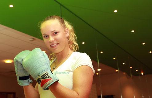 Возняцки и Звонарева узнали своих соперниц на старте Уимблдона-2011