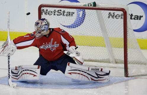 НХЛ. Вашингтон дает шанс Варламову