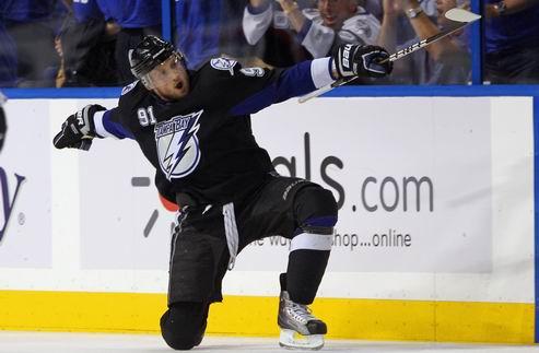 НХЛ. Айзерман надеется в ближайшее время подписать Стэмкоса