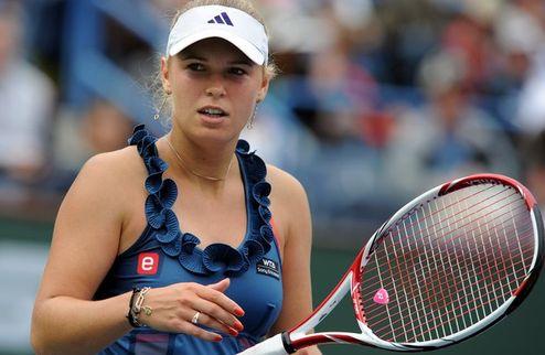 Баштад (WTA). Возняцки убрала с пути Корне