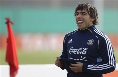 Goal.com: Реал предлагает Бензема или Игуаина в обмен на Тевеса