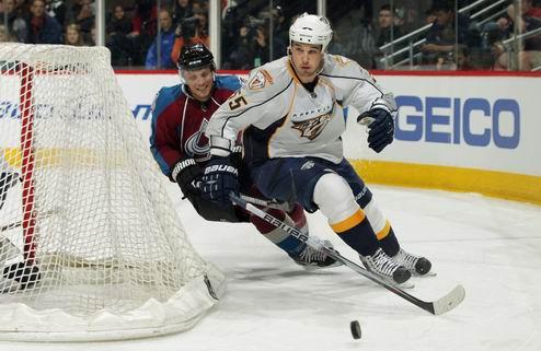 НХЛ. Защитник Нэшвилла перешел в Колорадо