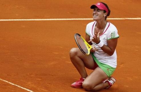 Палермо (WTA). Медина-Гарригес и Херцог выходят в финал