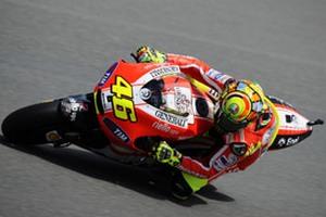 """MotoGP. Росси: """"Новый байк почти не отличается от старой модели"""""""