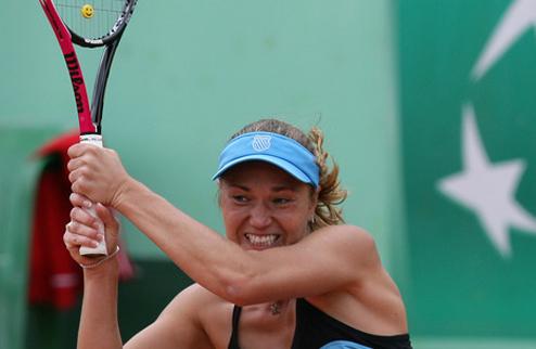 Е.Бондаренко выходит в четвертьфинал в Баку
