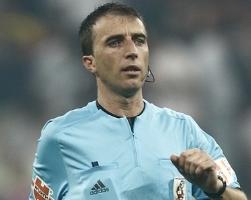 УЕФА назвала арбитров на матчи Динамо с Рубином