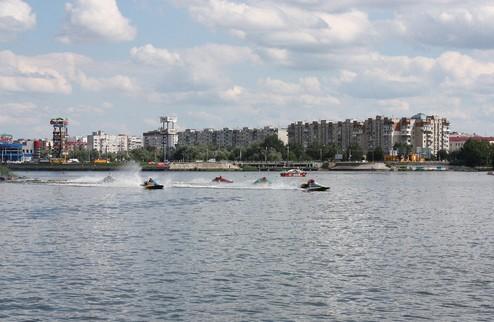 Подошел к концу второй этап чемпионата Украины по водно-моторному спорту