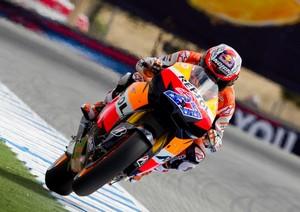 """MotoGP. Стоунер: """"Не стабильность побеждает в чемпионате, а выигранные гонки"""""""