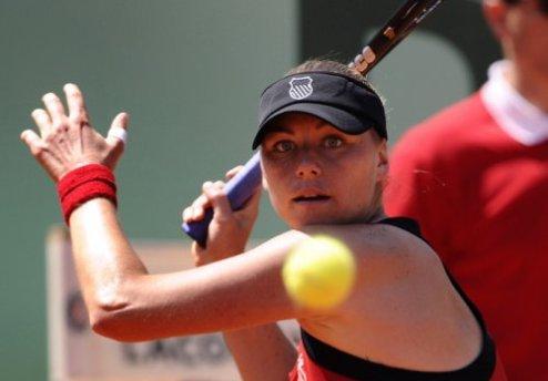 Карлсбад (WTA). Звонарева и Радваньска встретятся в финале