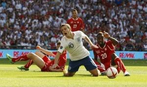 Уилшира не хотят отпускать в сборную