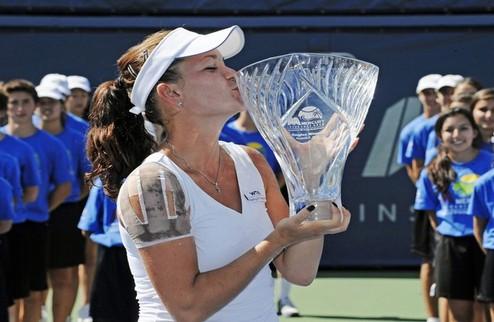 Карлсбад (WTA). Радваньска побеждает в финале