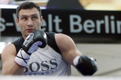 Виталий Кличко вновь тренируется