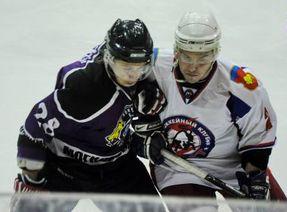Акулы смотрят бывших игроков Донбасса и Компаньона