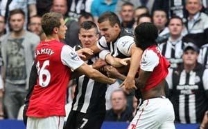 Арсенал и Ньюкасл под угрозой наказаний