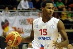 Франция: Желабаль пропустит две игры